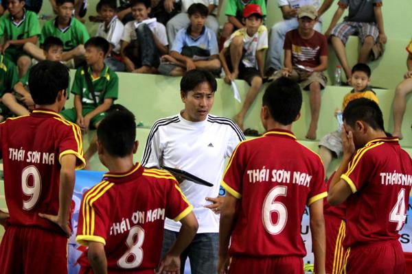 HLV-Nguyen-Phuc-Nguyen-Chuong-truong-Nguyen-Thi-Dinh