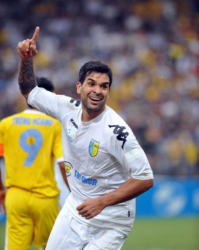 Gonzalo-ghi-ban