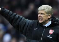 Quyết dự CL lần thứ 16 liên tiếp, Wenger vẫn ở lại Arsenal