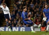 Chelsea & Spurs cưa điểm trong cơn mưa bàn thắng