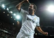 Real Madrid sẽ bán Higuain trong mùa Hè này