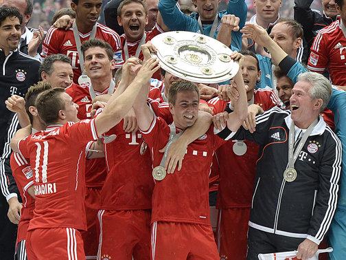 Bayern-Munich-Bundesliga-champions-2013_2942892 (1)