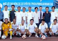 Giao hữu cựu tuyển thủ TPHCM và Hội cựu chiến binh Malaysia