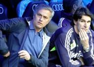 Nhìn từ chiến thắng của Real: Khi Mourinho thành người thừa