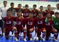 Giải Futsal khối THCS Cup Thái Sơn Nam lần IV 2013: Nguyễn Thị Định - Lữ Gia vào chung kết.