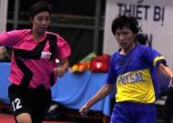 Vòng 2 Giải Futsal nữ vô địch TP HCM năm 2013: Lộ diện ứng cử viên vô địch.