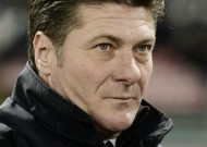 Serie A: Napoli head coach Walter Mazzarri refuses to rest on laurels