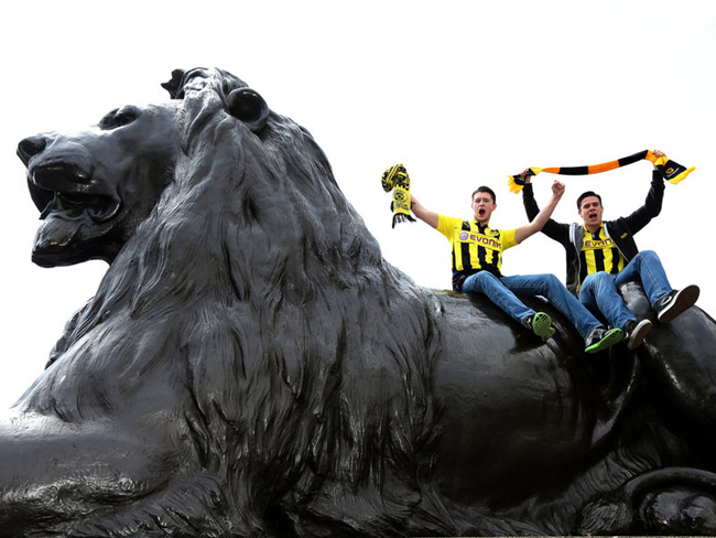 Dortmund fans were enjoying themselves ahead of the match.