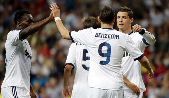 Bàn thắng từ pha đá phạt gián tiếp của Ronaldo