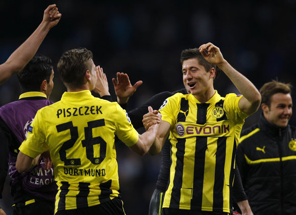 Dortmund luôn được hậu thuẫn bằng lượng fan khổng lồ