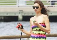 Model Irina Shayk-en by stalker