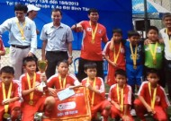 End of 2013 U10 HCMC mini tournament: U10 Phu Nhuan won the highest title.