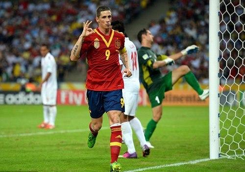 Torres được bình chọn là cầu thủ xuất sắc nhất trận đấu gặp Tahiti