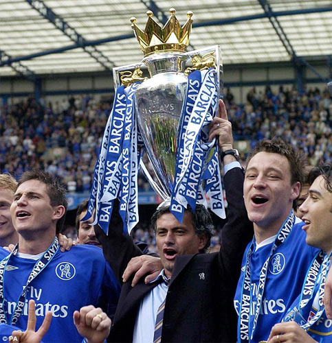 Mourinho đã gặt hái nhiều thành công trong nhiệm kỳ đầu tại Chelsea