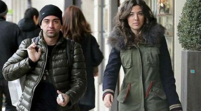 Xavi sẽ kết hôn với Nuria vào ngày 13 tháng 7 tới - Ảnh: SPORT
