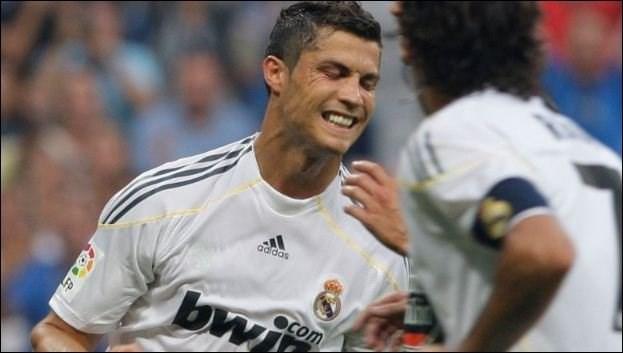 Ghi bàn đầu tiên trong chiến thắng của Real trước Deportivo.