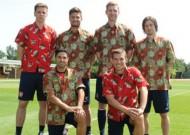 Chùm ảnh: Arsenal lên chuyên cơ sang Đông Nam Á