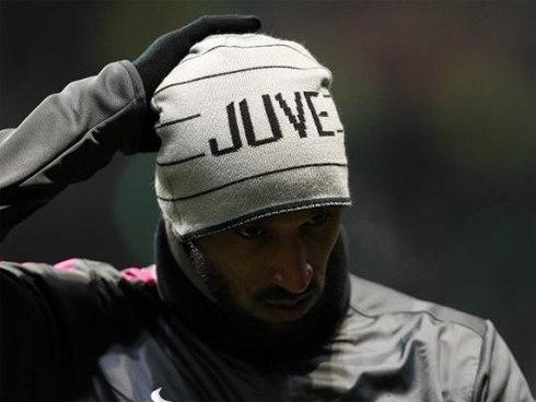Anelka rất lận đận sau khi rời Chelsea đầu năm 2012, anh đều không thành công ở Thân Hoa Thượng Hải rồi Juventus.