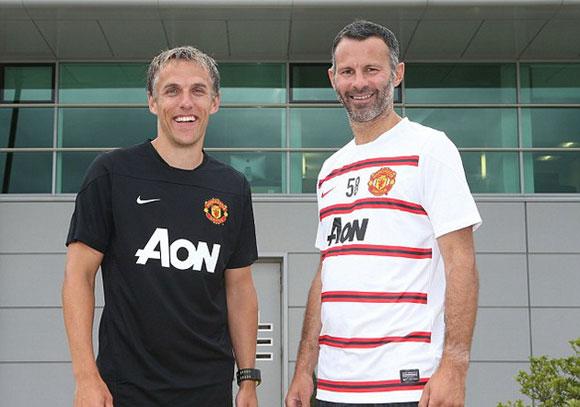 Phil Neville và Ryan Giggs