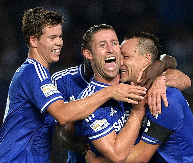 Niềm vui của các cầu thủ Chelsea sau khi ghi bàn vào lưới Indonesia All Stars
