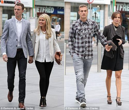 Vợ chồng Evans và vợ chồng Vidic