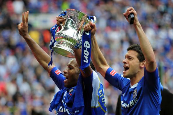 Năm 2010, Drogba ghi bàn duy nhất trong trận chung kết FA Cup giữa Chelsea và Portsmouth