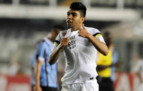 Gabriel Barbosa trong màu áo Santos