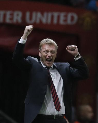 Chiến thắng hôm qua giúp cho Moyes trút nhỏ ít nhiều áp lực sau màn khởi đầu không như ý của Man Utd. Ảnh: Reuters.