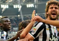 Llorente wins it for Juve on debut