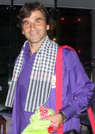 HLV Orhan Atik rất vui trước sự đón tiếp của chủ nhà
