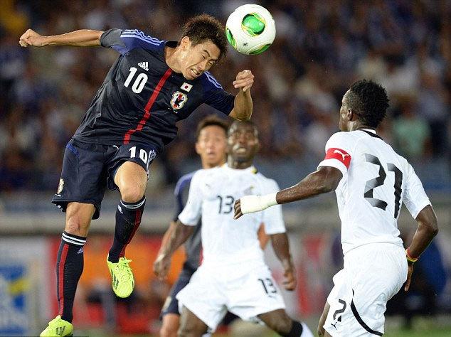 Ngôi sao thất sủng của Man Utd Shinji Kagawa thì xả nỗi bực dọc từ việc phải đánh bóng ghế dự bị ở Old Trafford bằng bàn gỡ hòa 1-1, mở ra thắng lợi ngược dòng 3-1 cho Nhật Bản trong trận giao hữu với Ghana.