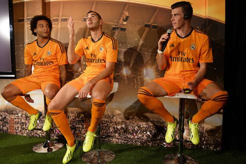 Có lẽ không muốn mình bị lu mờ trước hai đồng đội, đặc biệt là tân binh đắt giá nhất thế giới Bale, Benzema đã quyết định cắt kiểu đầu mới để gây chú ý.