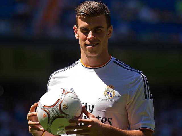 Các CĐV Real vẫn chờ ngày ra mắt của Bale trên sân bóng