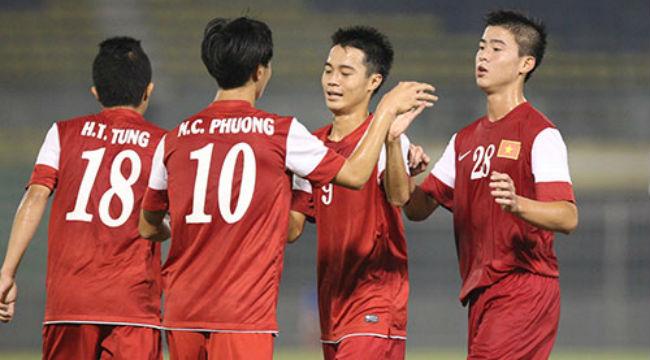 Fan U19 Việt Nam trên sân Malaysia
