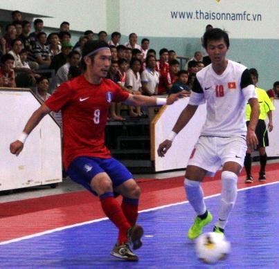 Cầu thủ Futsal Hàn Quốc có thể hình và kĩ thuật khá tốt