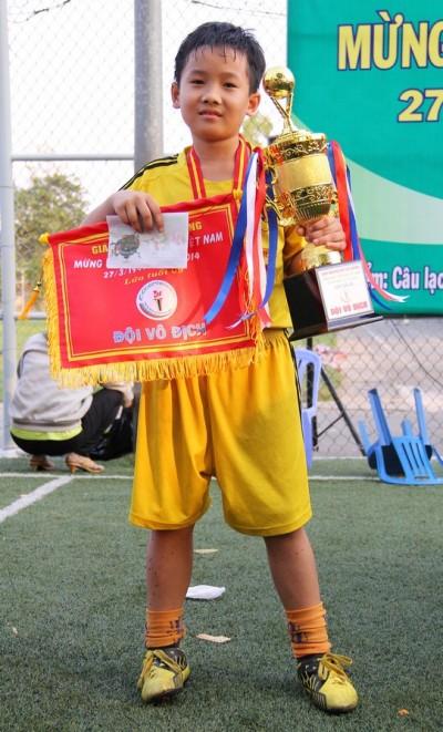 Hữu Phát - CLB Thăng Long FC