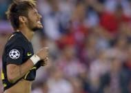 Neymar accused of brandishing sponsored underwear during Champions League loss