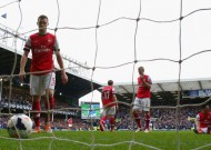 Wenger vows to lift 'unconvincing' Gunners