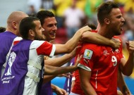 Switzerland 2-1 Ecuador: Seferovic's injury-time winner gives La Nati the win