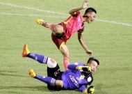 Ngọc banned, fined due to serious foul