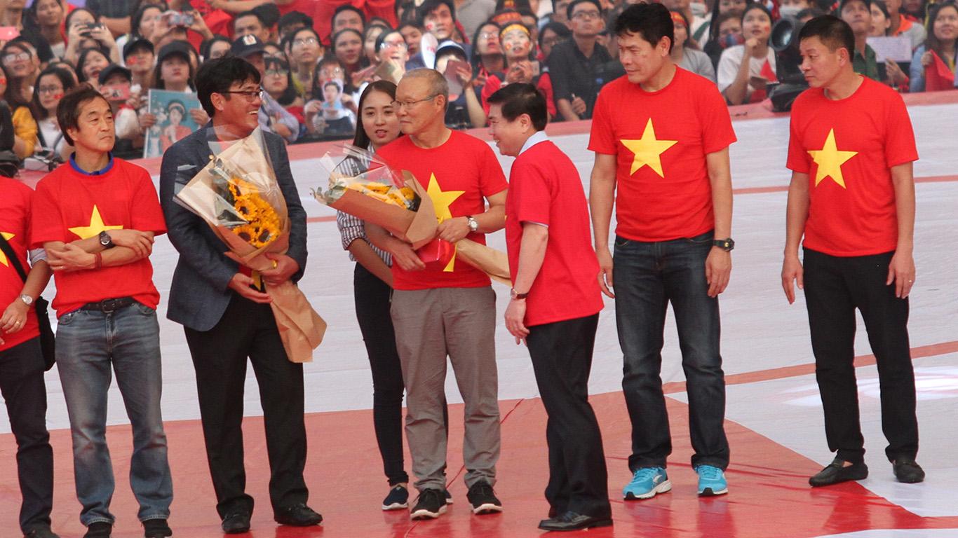 UBND TPHCM mừng công và trao thưởng cho đội tuyển U23 Việt Nam