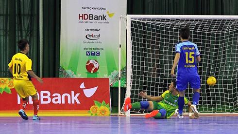 Nóng bỏng cuộc đua đến ngôi đầu giải futsal VĐQG HDBank 2018