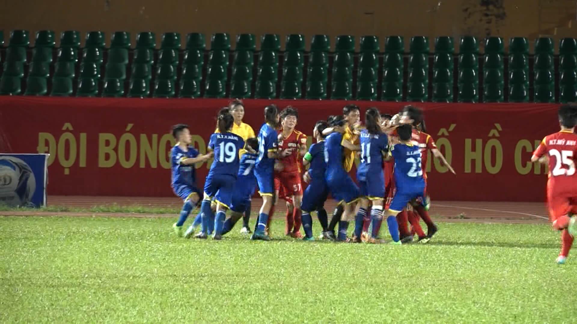 Quyết định kỷ luật đối với những vi phạm tại trận bán kết giải BĐ nữ VĐQG 2018