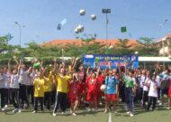 Bóng đá học đường và những kỹ năng sống dành cho nữ sinh
