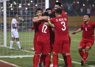 Đội tuyển Việt Nam đánh bại Campuchia để giành vé vào bán kết AFF Cup