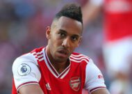 'We are literally giving goals to the opposition' - Aubameyang frustrated after another Arsenal breakdown