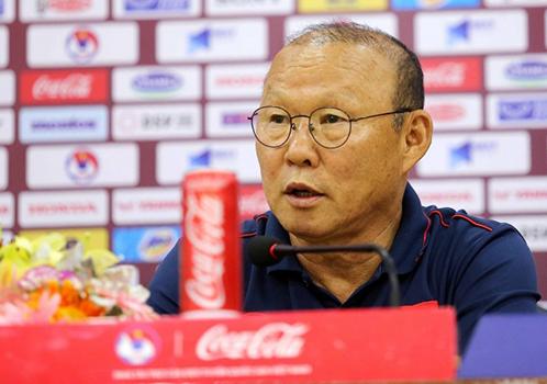 """HLV Park Hang-seo: """"Việt Nam có phương án đánh bại UAE"""""""