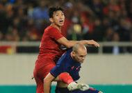 Hòa tiếc nuối 0-0 với Thái Lan, ĐT Việt Nam vẫn chắc ngôi đầu bảng