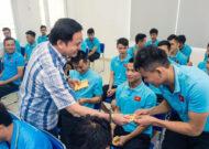 Lãnh đạo VFF thăm, động viên ĐT futsal Việt Nam trước giờ tập huấn tại Tây Ban Nha