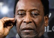 Pele is depressed and too embarrassed to leave the house, says Brazil legend's son